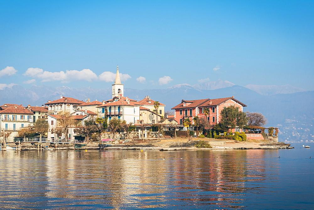 Isola dei Pescatori is an island in Lake Maggiore in northern Italy. - 1243-46