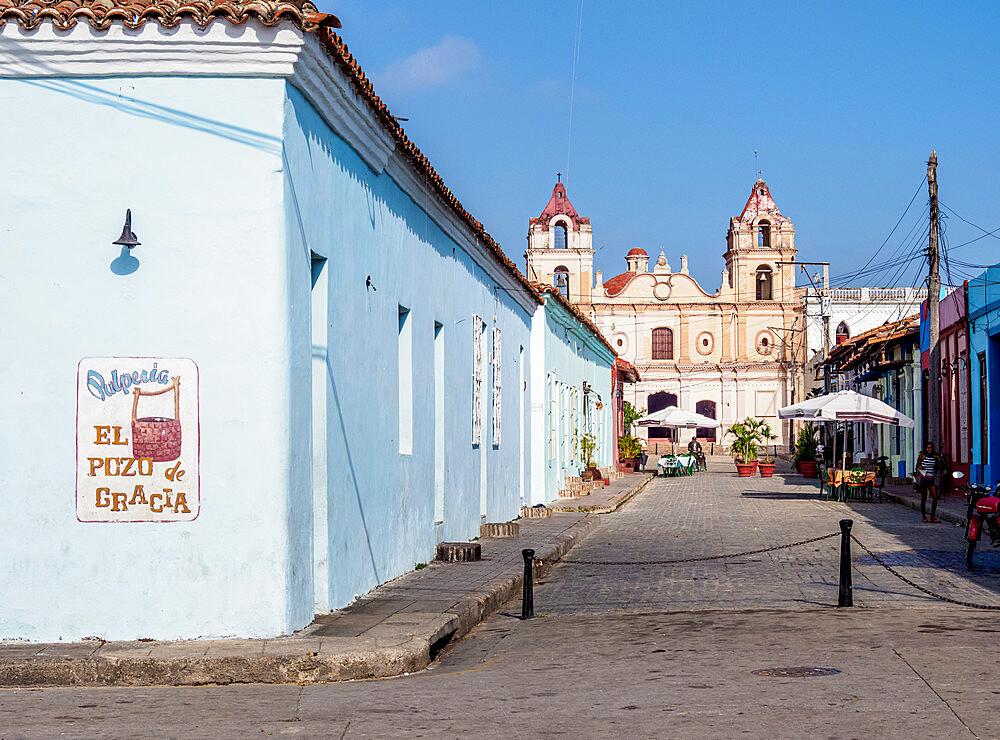 Plaza del Carmen, Camaguey, UNESCO World Heritage Site, Camaguey Province, Cuba, West Indies, Caribbean, Central America - 1245-1839