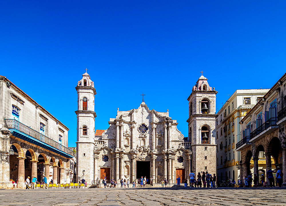 Cathedral of San Cristobal, Plaza de la Catedral, La Habana Vieja, UNESCO World Heritage Site, Havana, La Habana Province, Cuba, West Indies, Caribbean, Central America