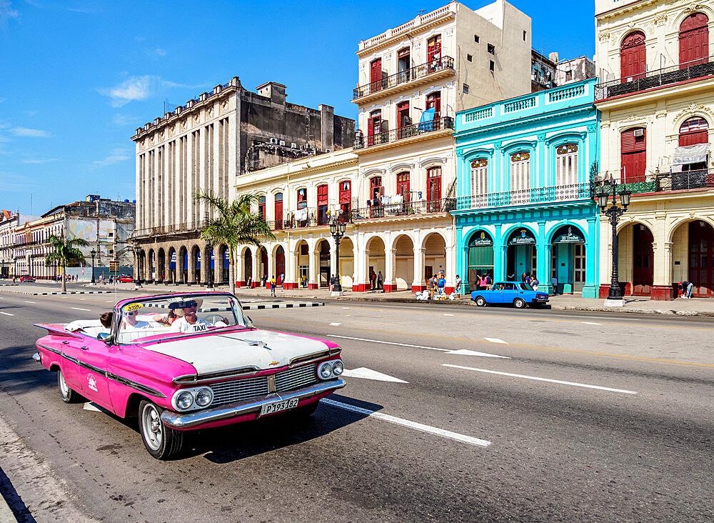 Vintage car at Paseo del Prado or Paseo de Marti, Havana, La Habana Province, Cuba