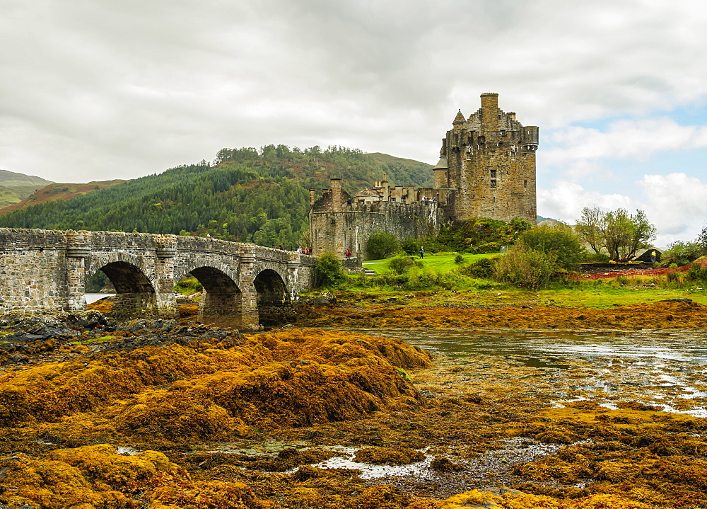 View of Eilean Donan Castle, Dornie, Highlands, Scotland, United Kingdom, Europe