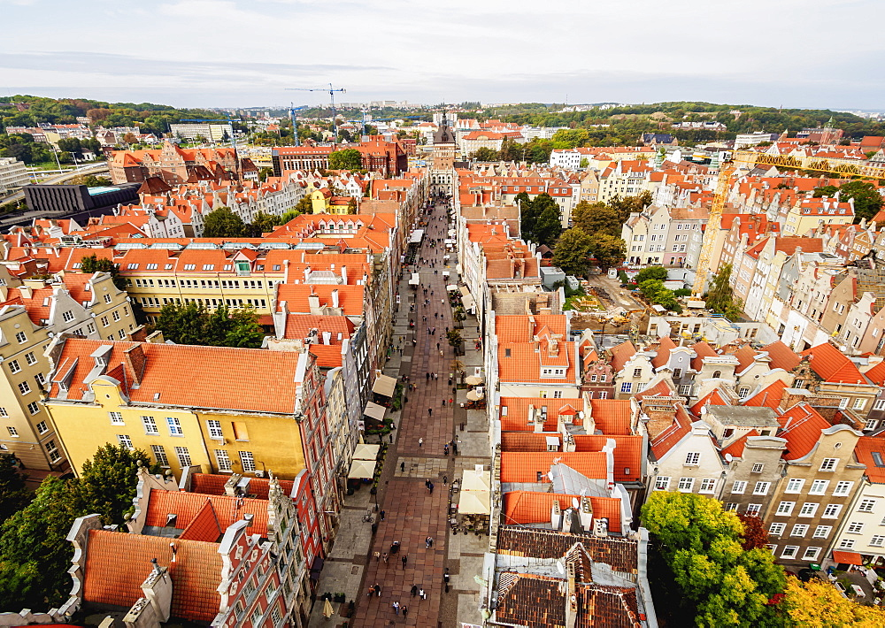 Elevated view of the Long Street, Old Town, Gdansk, Pomeranian Voivodeship, Poland, Europe