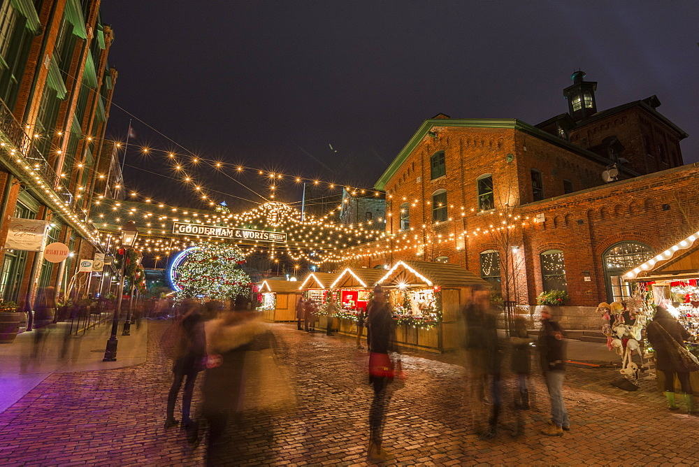 Toronto Christmas market in the Distillery district, Toronto, Ontario, Canada, North America - 1247-15