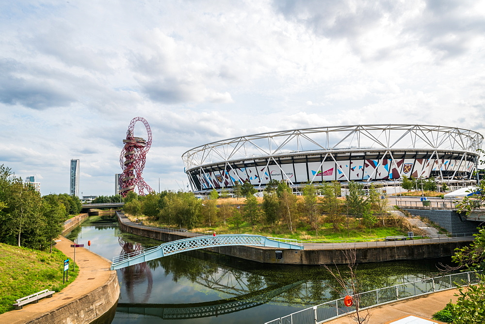 The London Stadium and Orbitz at Queen Elizabeth Park, Stratford, London, England, United Kingdom, Europe