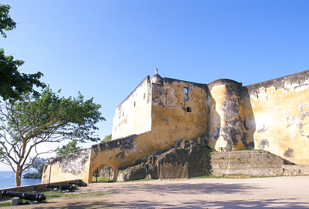 Fort Jesus, built in 1593 by the Portuguese, Mombasa, Kenya, East Africa, Africa