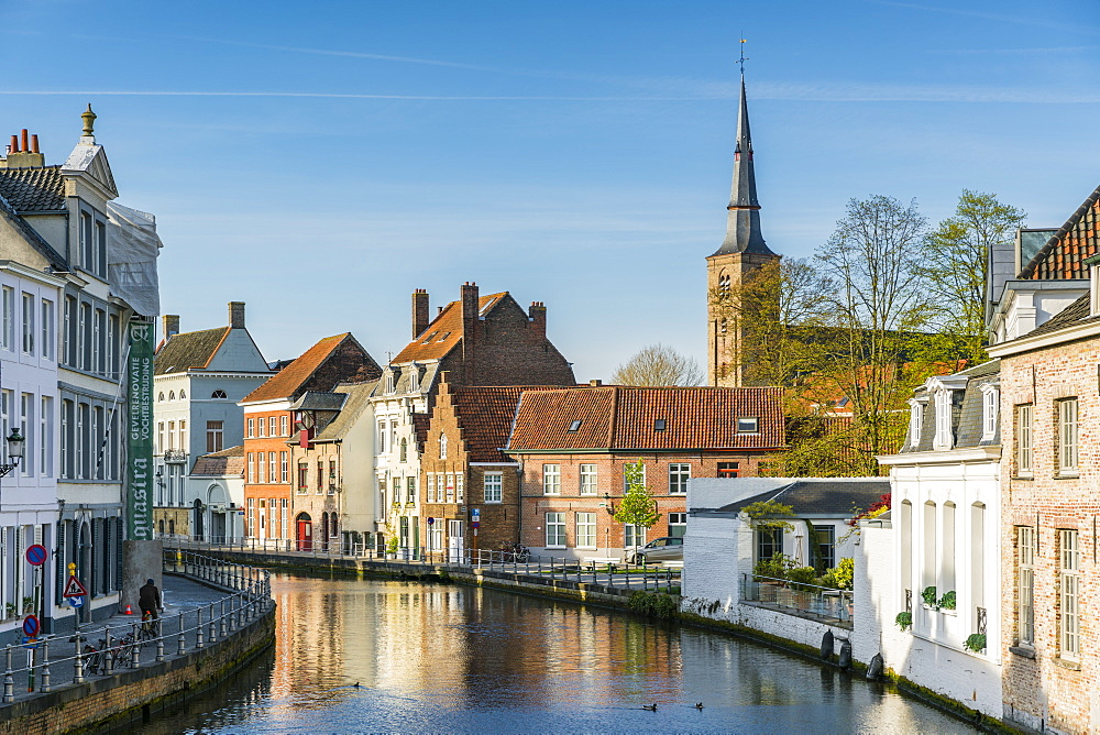 Houses on water canal. Bruges, West Flanders province, Flemish region, Belgium.