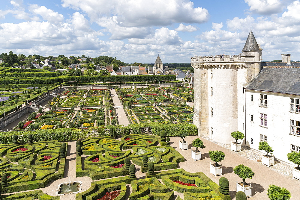 The gardens of Villandry castle from above, Villandry, UNESCO World Heritage Site, Indre-et-Loire, Loire Valley, France, Europe