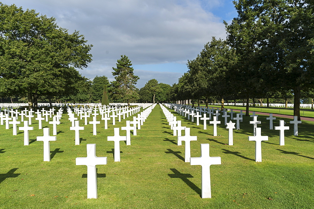 Crosses at Normandy American Cemetery and Memorial, Colleville-sur-Mer, Normandy, France, Europe