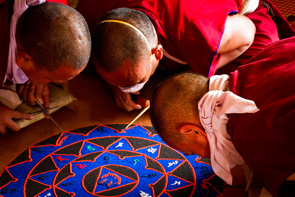 Buddhist monks of the yellow hat tradition making a sand mandala, Gyuto Tantric Monastery, Dharamsala, Himachal Pradesh, India, Asia - 1262-120