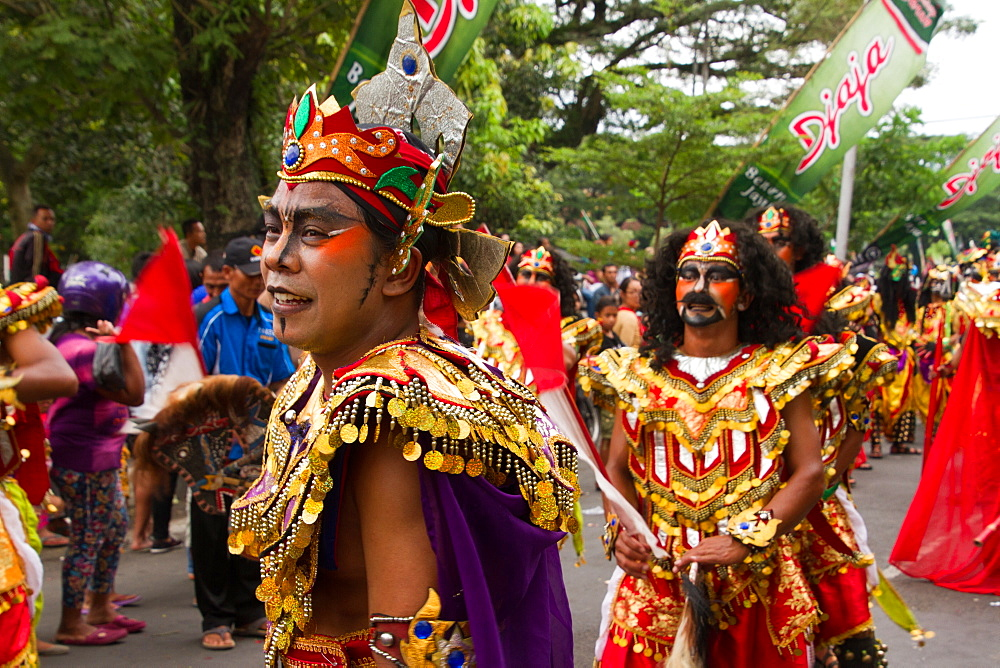 Indonesian men taking part in a carnival celebrating Malang's 101st year anniversary, Malang, East Java, Indonesia, Southeast Asia, Asia - 1262-149