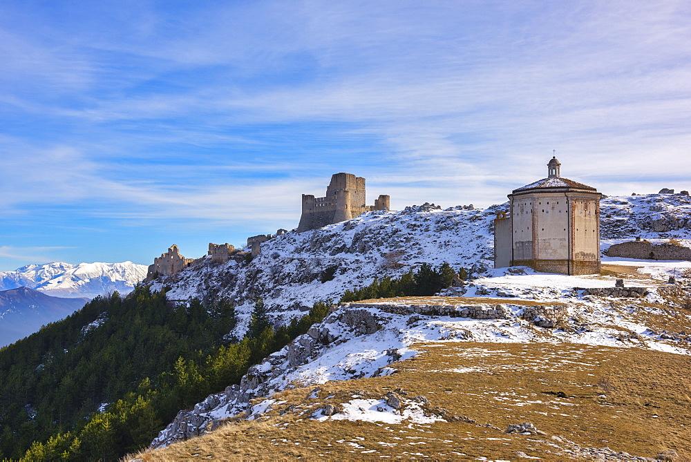 Rocca Calascio Castle and Santa Maria della Pieta Church, Gran Sasso e Monti della Laga National Park, Abruzzo, Italy, Europe - 1264-175
