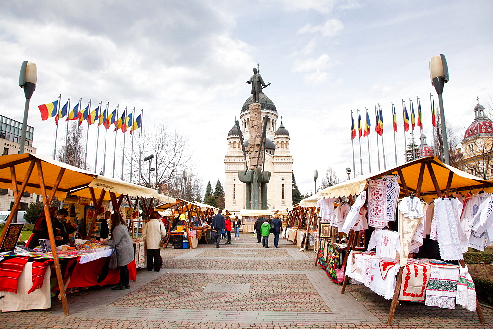 Vendors selling traditional Romanian products in Avram Iancu square, Cluj-Napoca, Romania, Europe