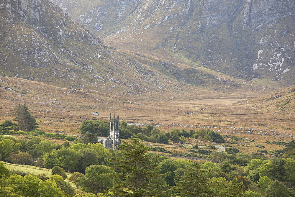 Old ruined church and the poison Glen at the foot of Mount Errigal in the Derryveigh mountains, Dunlewey, County Donegal, R.O.I - 1266-40