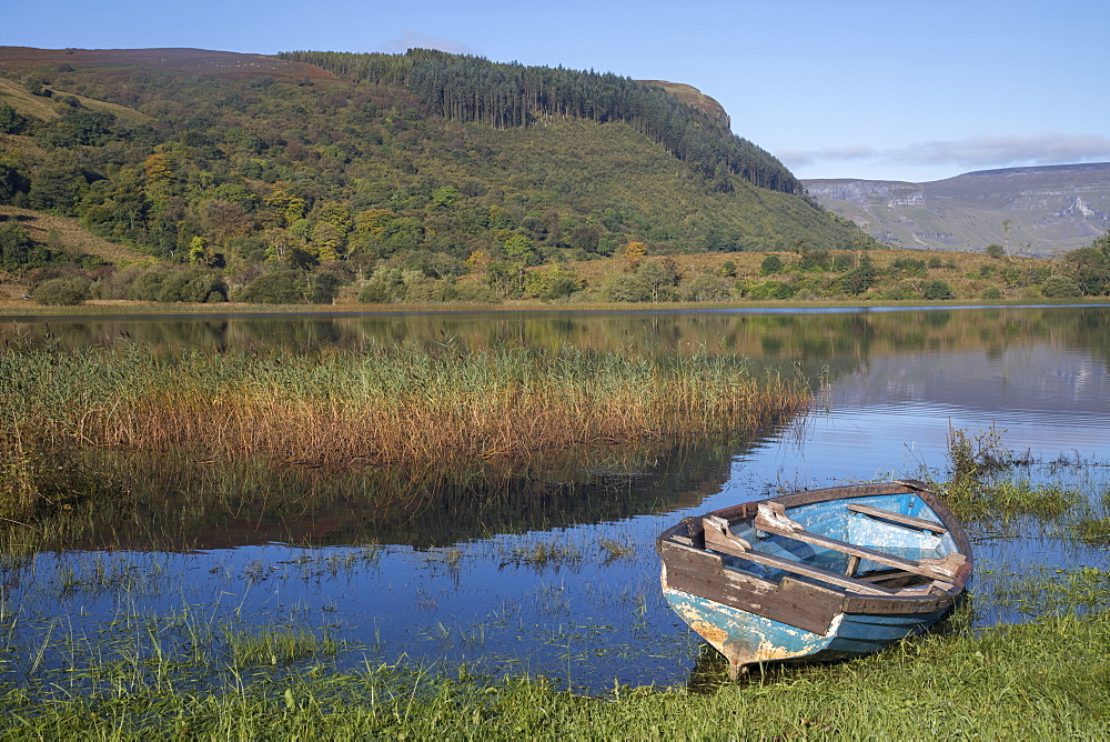 Rowing boat on the shore of Lough Gill, County Sligo, Connacht, Republic of Ireland, Europe - 1266-44