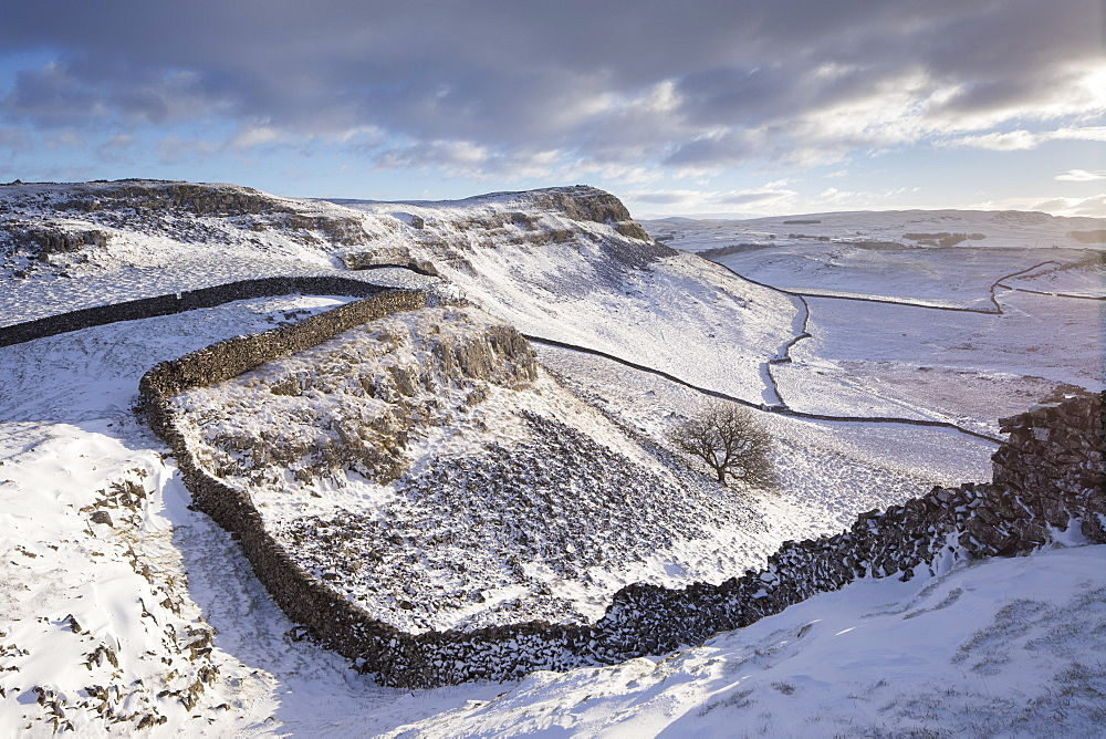 Winter scenic view to a snow covered Smearsett Scar from Pot Scar above the village of Feizor, near Settle, Yorkshire Dales, Yorkshire, England, United Kingdom, Europe - 1266-6