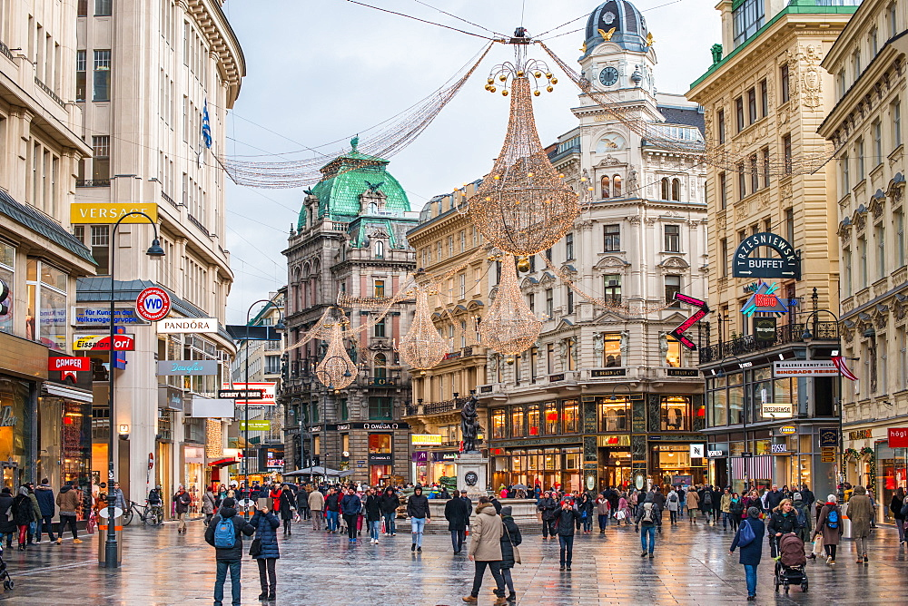 Christmas illuminations at dusk, on Vienna's city centre thoroughfare the Graben. Austria.