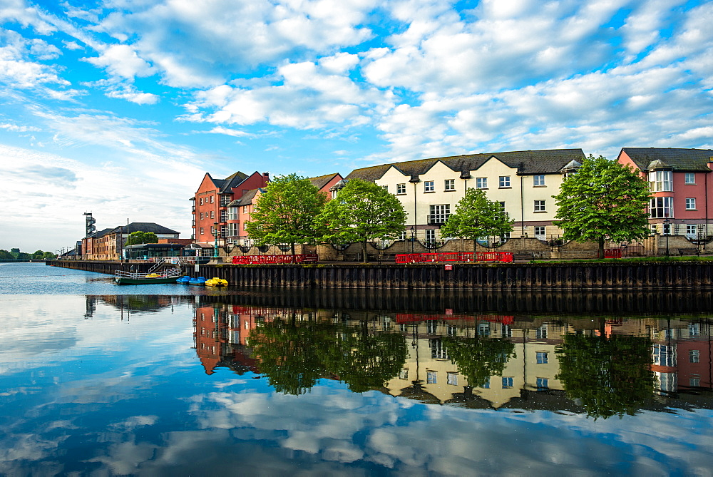 The Quay (Quayside) in Exeter in early morning, Exeter, Devon, England, United Kingdom, Europe - 1267-437