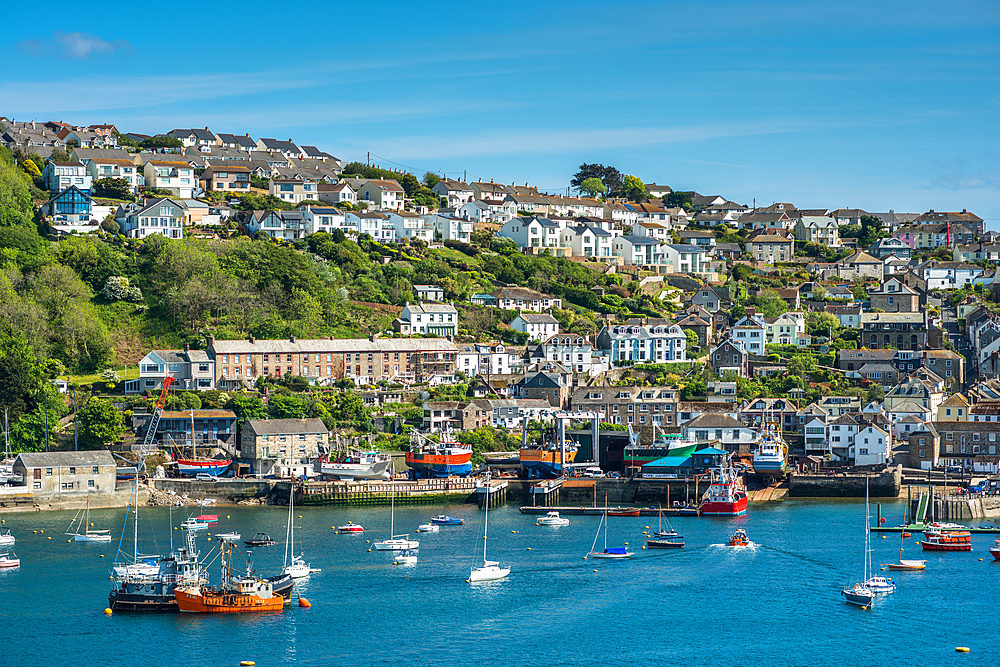 The small coastal town of Fowey with hillside houses, Cornwall, England, United Kingdom, Europe