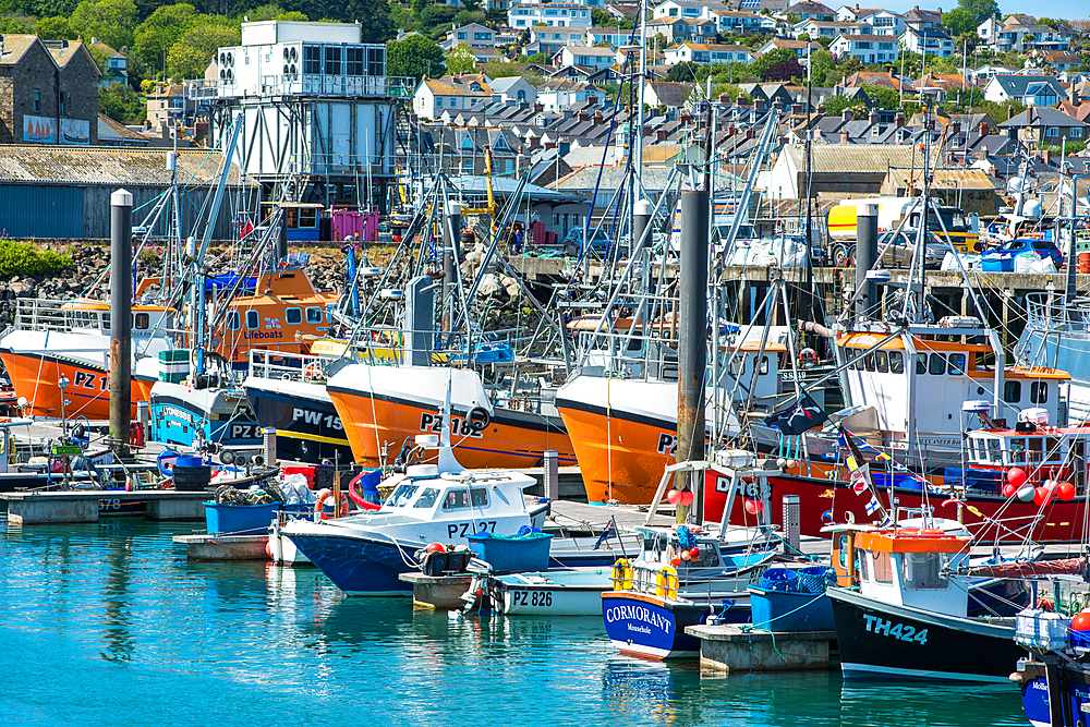 Fishing boats in the harbour at the village of Newly, Cornwall, England, United Kingdom, Europe