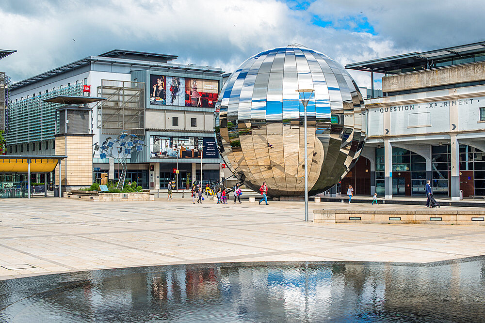Millennium Square with the Planetarium in the form of a huge walk-in mirror ball in Bristol, England, UK. - 1267-511