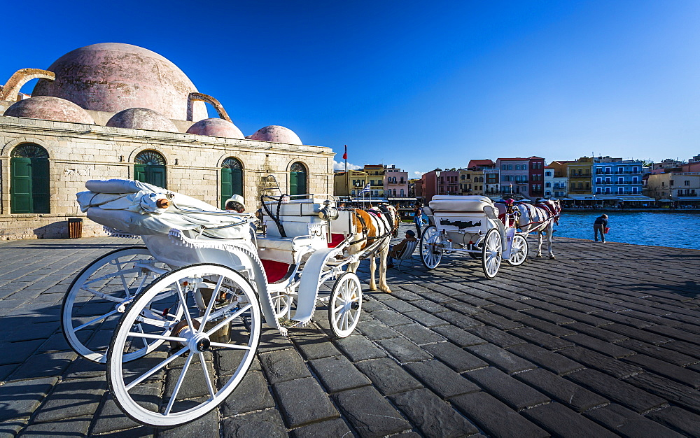 Horse carriages Mosque, Venetian Harbour, Chania, Crete, Greek Islands, Greece, Europe