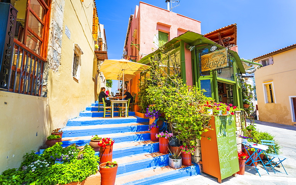 Colourful Cafe in Rethymnon, Crete, Greek Islands, Greece, Europe