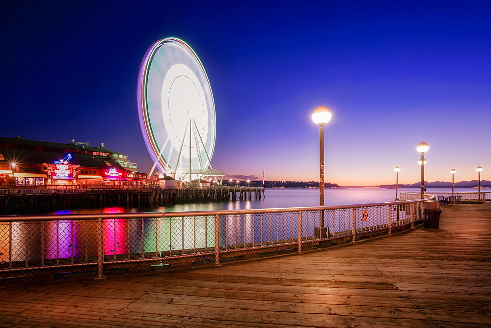 Night shot of Seattle Great Wheel from Waterfront Park in Seattle, Washington State, United States of America, North America