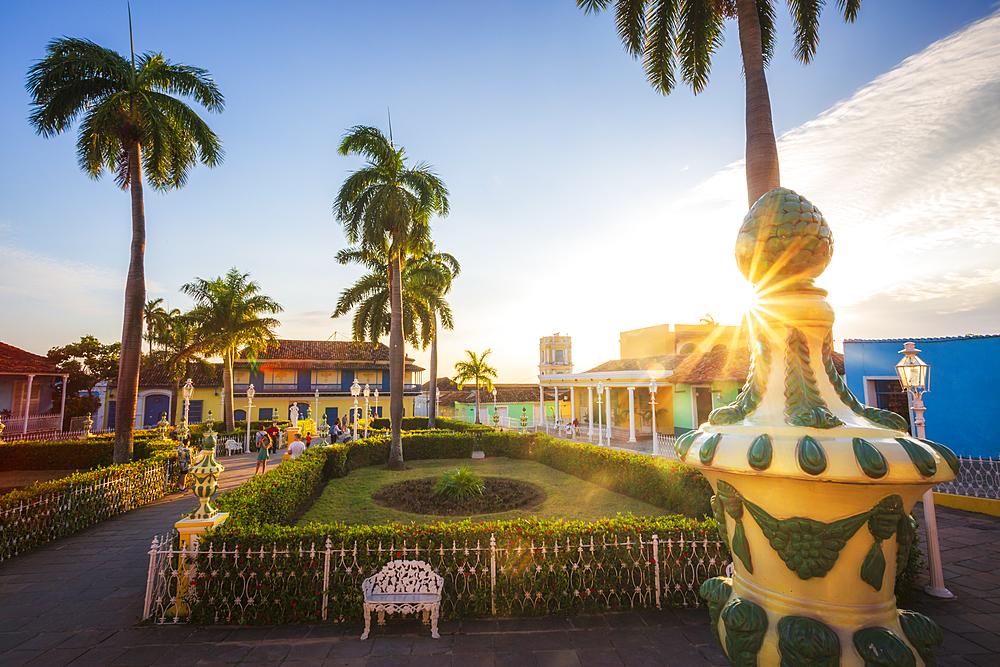 Sunset over Plaza Mayor, Trinidad, UNESCO World Heritage Site, Sancti Spiritus, Cuba, West Indies, Central America