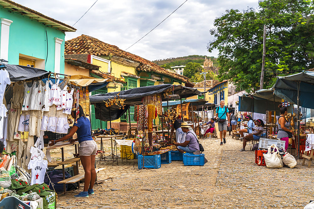 Local souvenir market in Trinidad, UNESCO World Heritage Site, Sancti Spiritus, Cuba, West Indies, Caribbean, Central America