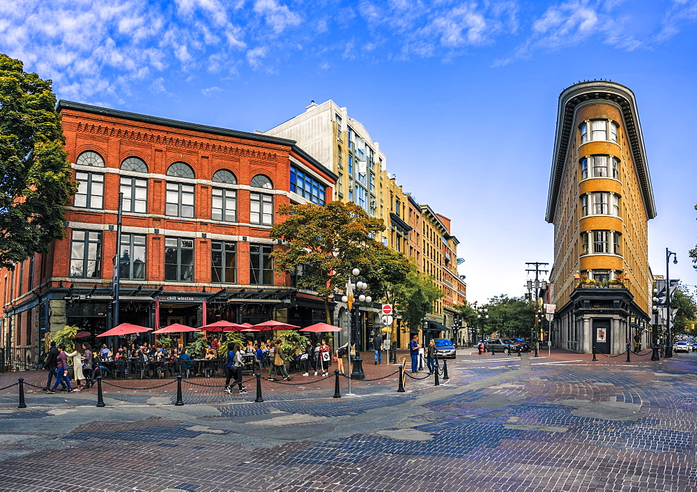 Architecture and cafe bar in Maple Tree Square in Gastown, Vancouver, British Columbia, Canada, North America - 1276-24