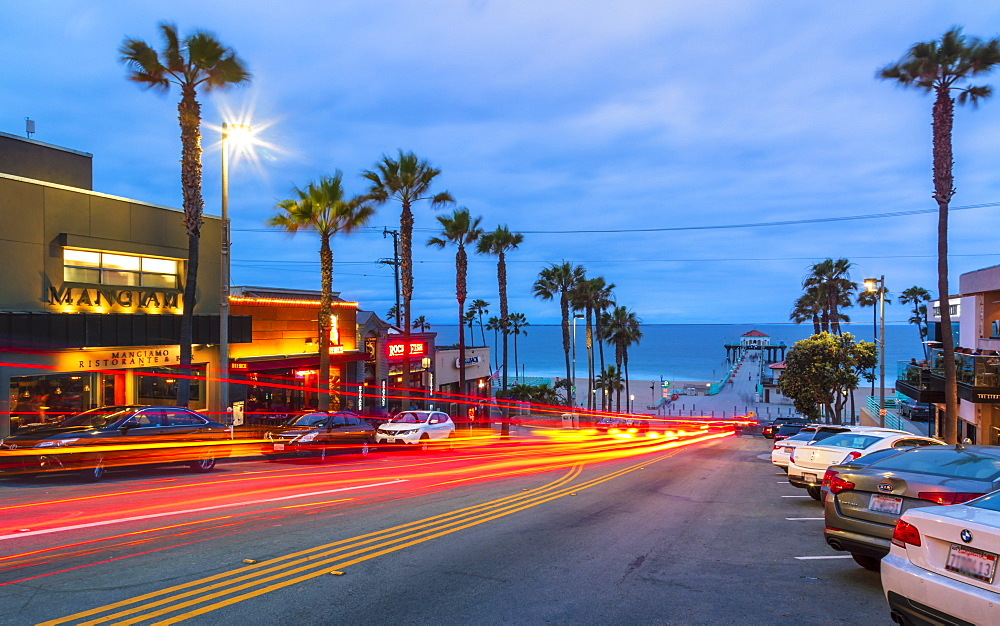Manhattan Beach Pier and Manhattan Beach boulevard, California, United States of America, North America