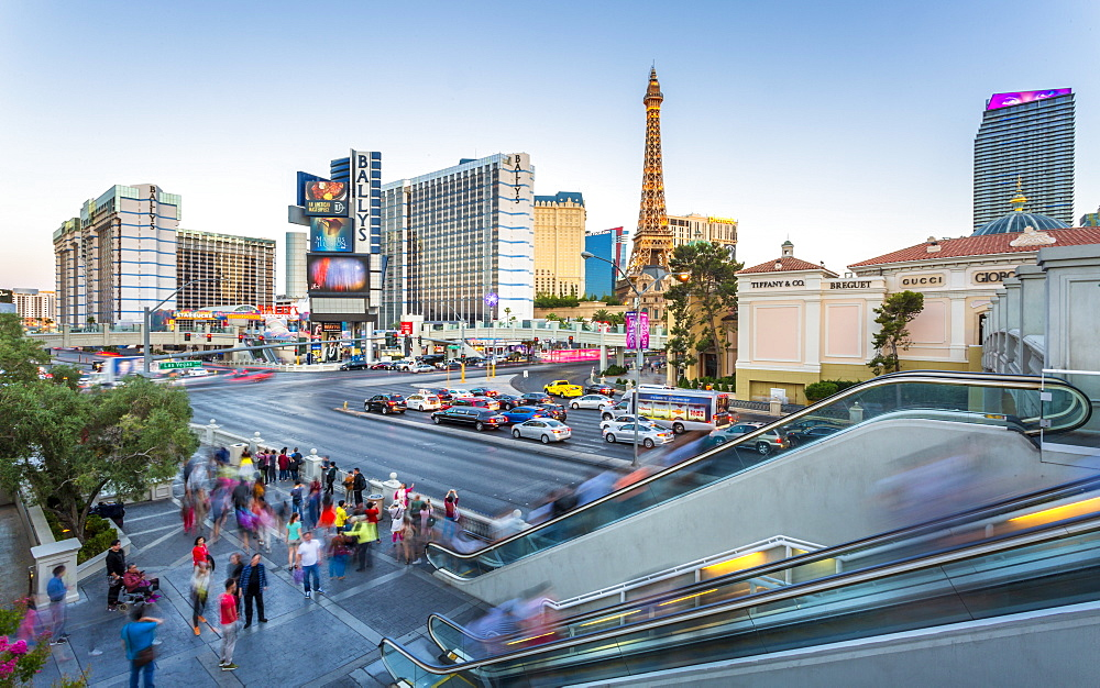 View of the Paris Eiffel Tower and Ballys Hotel and Casino, The Strip Las Vegas Boulevard, Las Vegas, Nevada, United States of America, North America