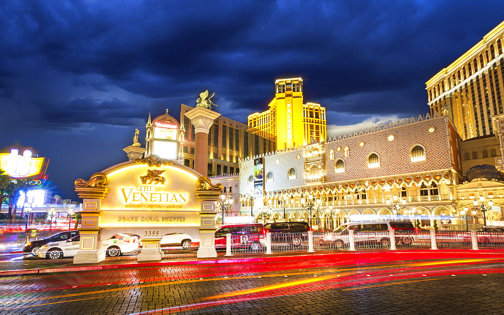 The Venetian Hotel and Casino at night, The Strip, Las Vegas Boulevard, Las Vegas, Nevada, United States of America, North America