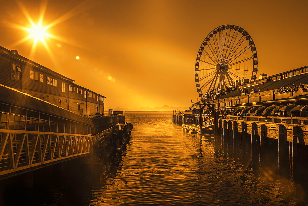 Seattle's Great Ferris Wheel at Pier 57, Seattle, Washington State, United States of America, North America - 1276-9