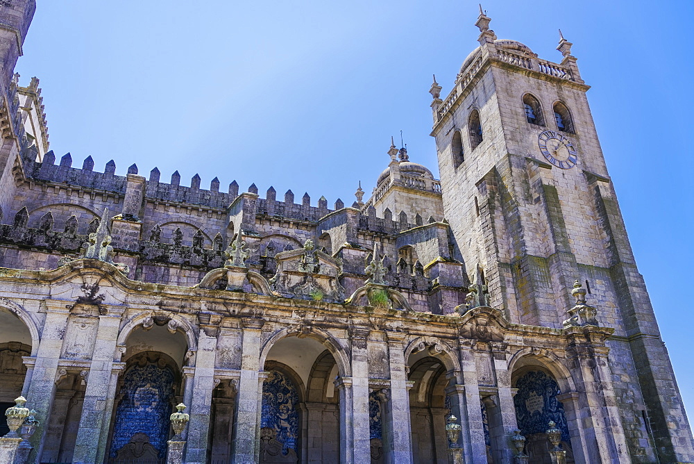 View of the Baroque loggia facade with azulejo blue tiles, Se do Porto (Porto Cathedral), Romanesque cathedral, Porto, Portugal, Europe