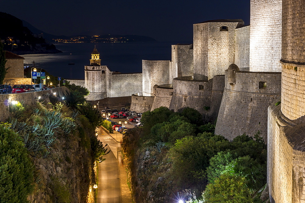 The illuminated city walls of Dubrovnik at night, UNESCO World Heritage Site, Dubrovnik, Croatia, Europe