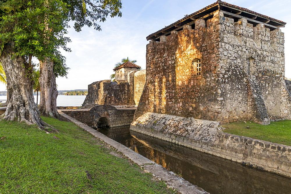 San Felipe de Lara Fortress near Rio Dulce, Izabal, Guatemala, Central America