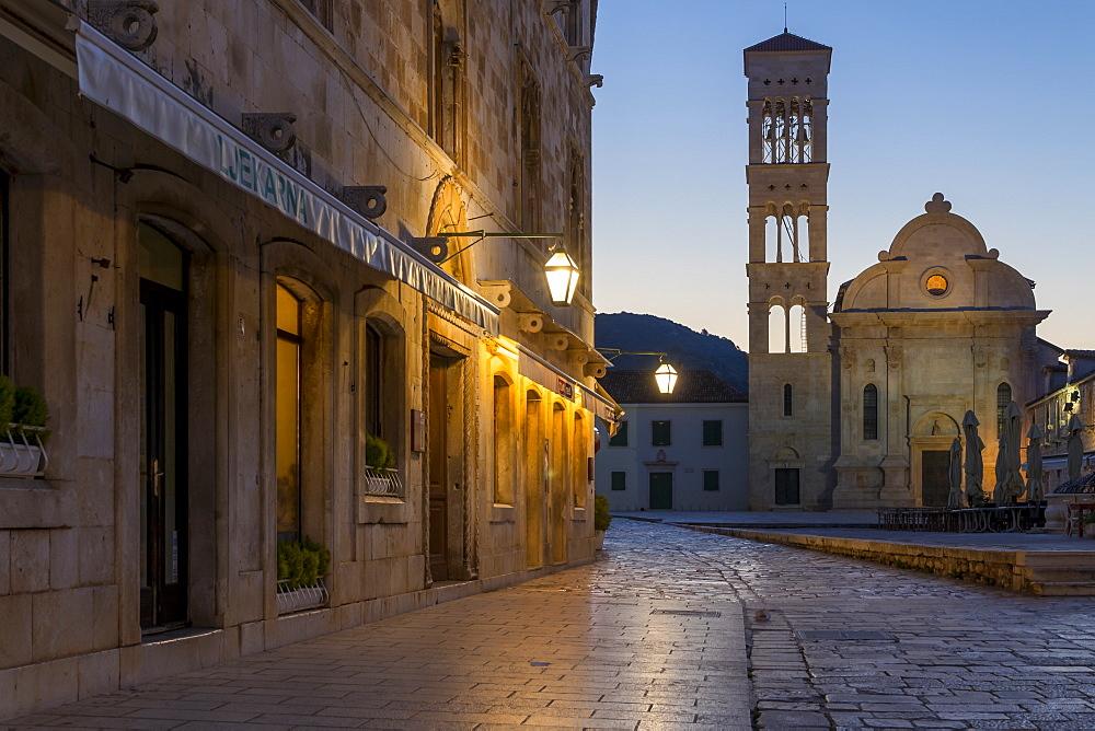 Saint Stephen Church on the main square of Hvar Town at dawn, Hvar, Croatia, Europe