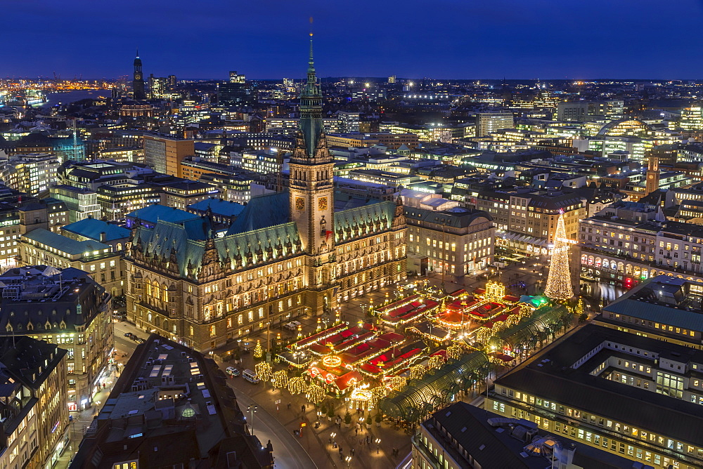 Christmas market at the town hall of Hamburg, Germany, Europe