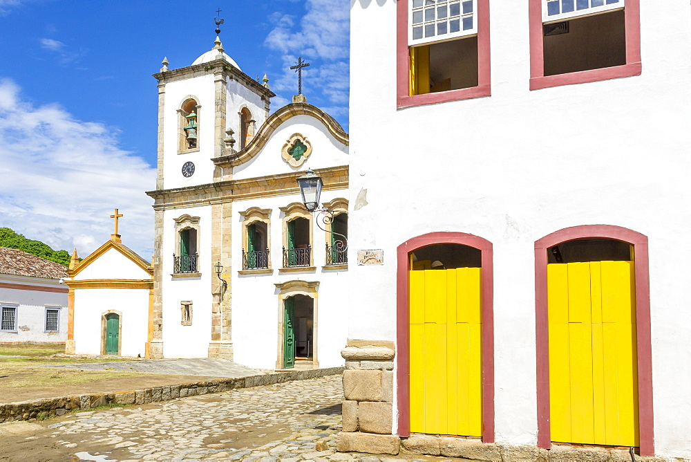 Santa Rita Church in the historical centre, Paraty, Rio de Janeiro, Brazil, South America