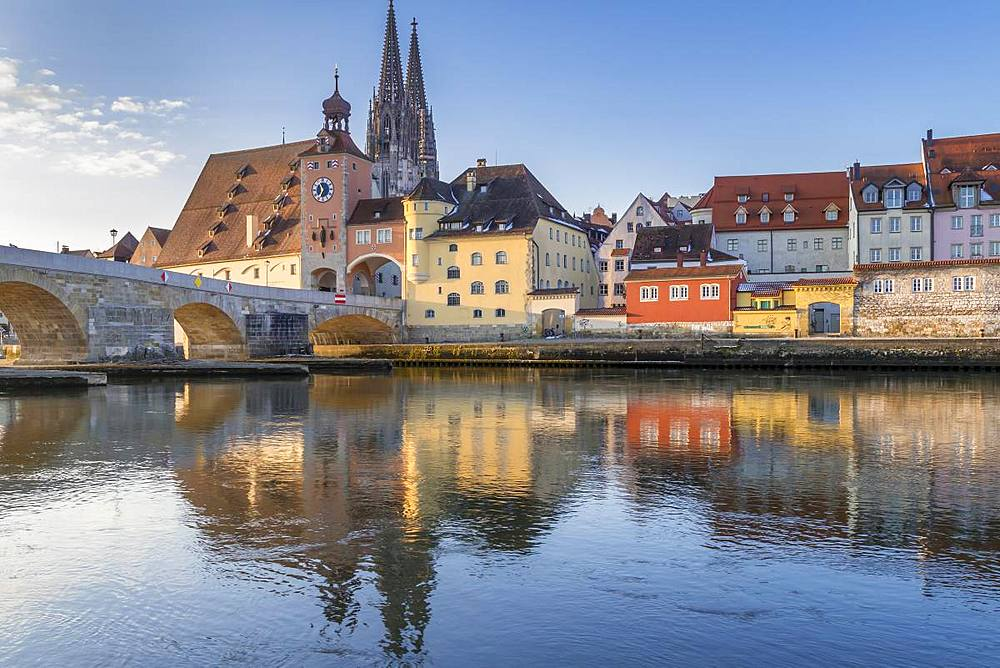 View to the Cathedral of Saint Peter, the Stone Bridge and the Bridge Tower, Regensburg, Bavaria, Germany, Europe