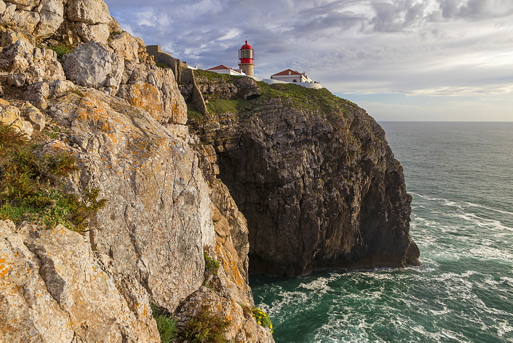 Lighthouse at Cape Saint-Vincent, Sagres, Algarve, Portugal, Europe