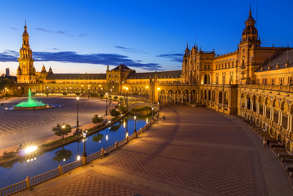 Plaza de Espana at dusk, Seville, Andalusia, Spain, Europe