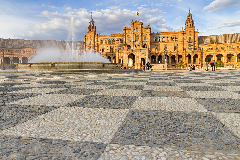 Fountain and main building at Plaza de Espana, Seville, Andalusia, Spain, Europe