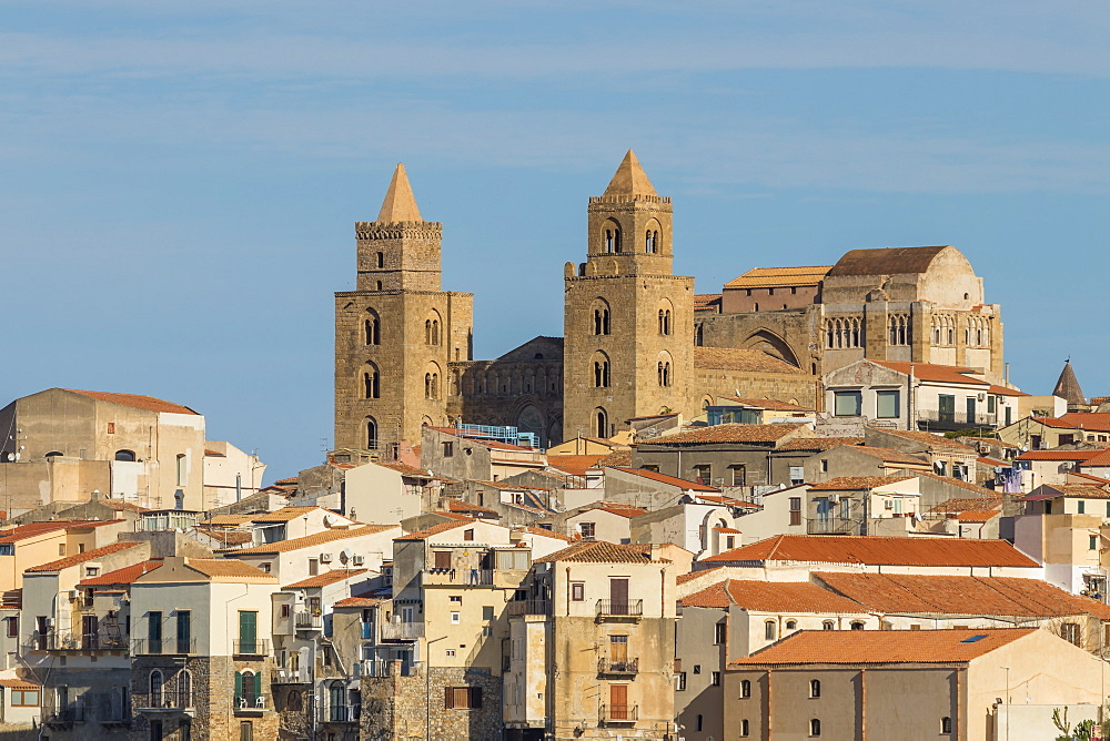 The cathedral of Cefalu above the old town, Cefalu, Sicily, Italy, Europe - 1283-709