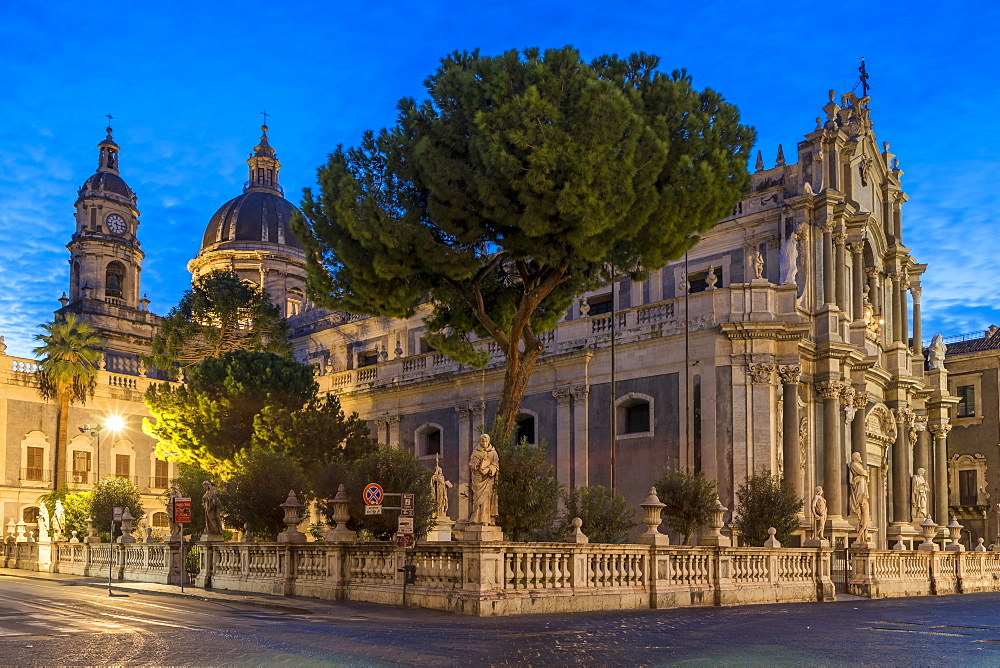 The illuminated cathedral during blue hour, Catania, Sicily, Italy, Europe - 1283-728