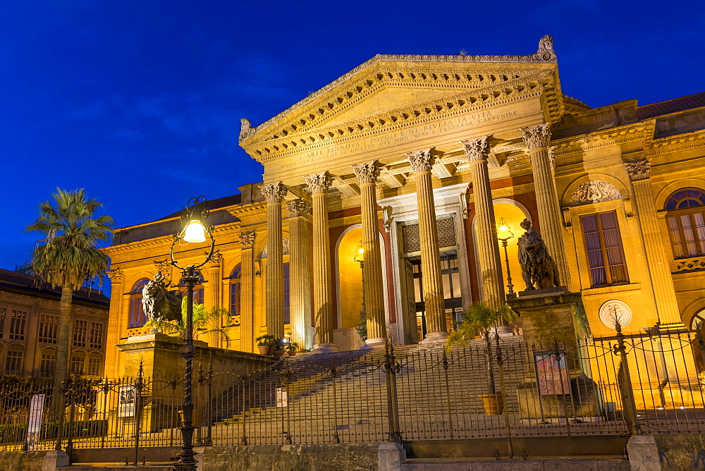 The Massimo Theatre (Teatro Massimo) during blue hour, Palermo, Sicily, Italy, Europe - 1283-830