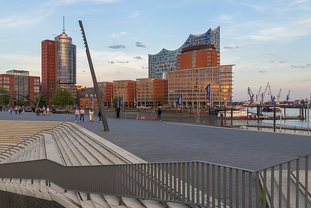 Elbphilharmonie building seen from the Elbpromenade walkway, Hamburg, Germany, Europe