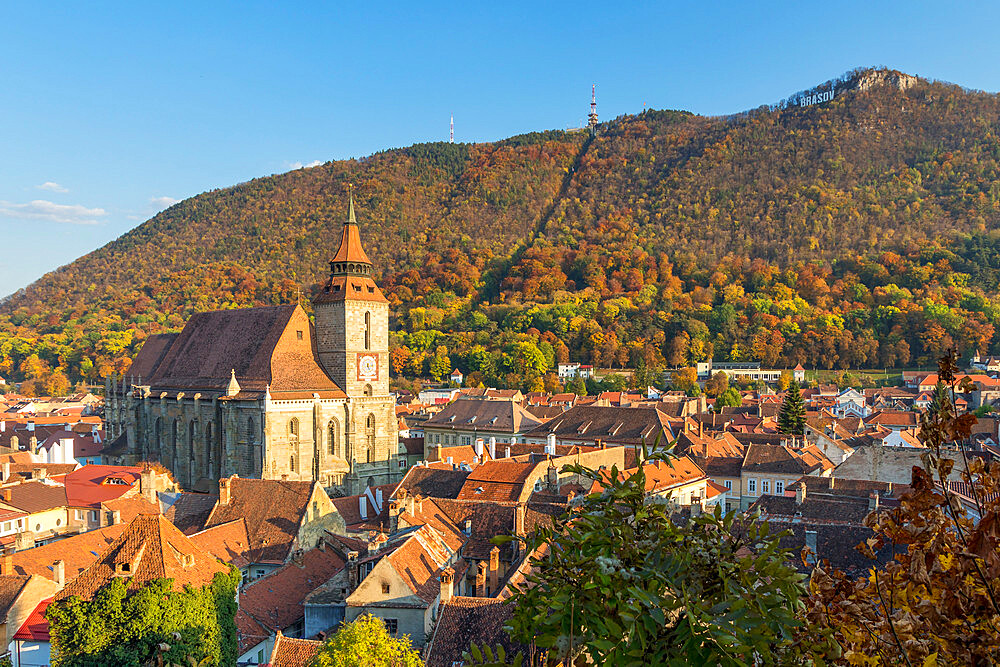 View from the Black Tower to the Black Church and Tampa Mountain during autumn, Brasov, Transylvania Region, Romania, Europe - 1283-955