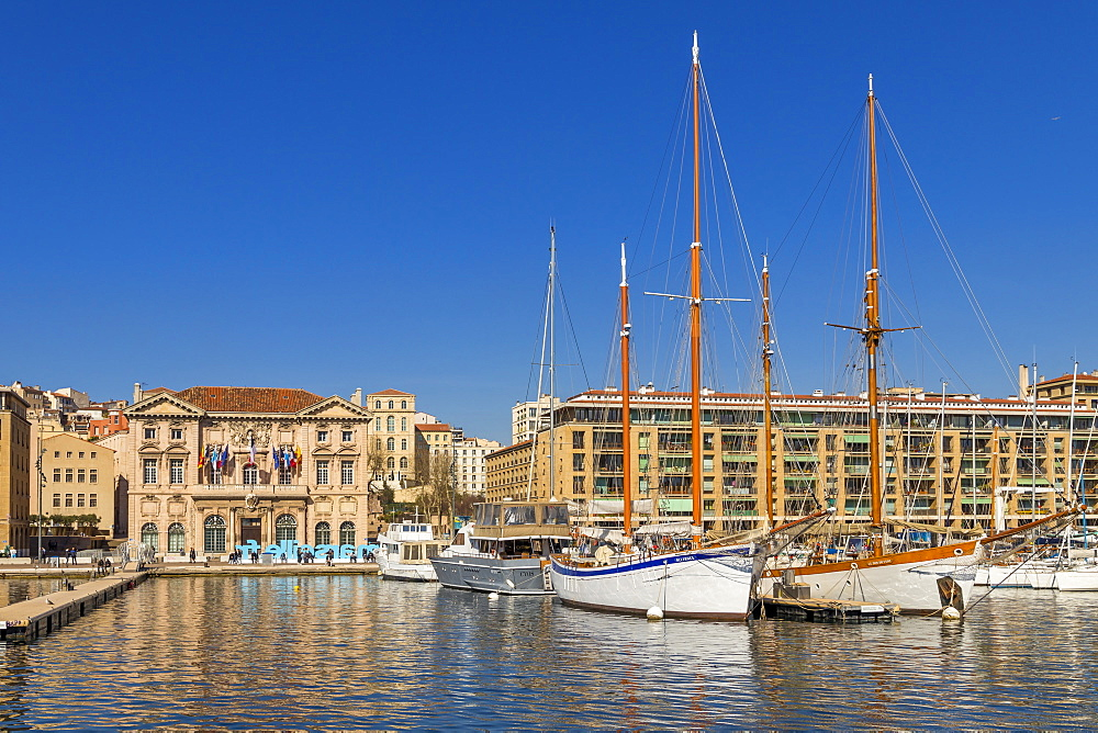 The old port (Vieux-Port) of Marseille, Bouches du Rhone, Provence, France, Mediterranean, Europe